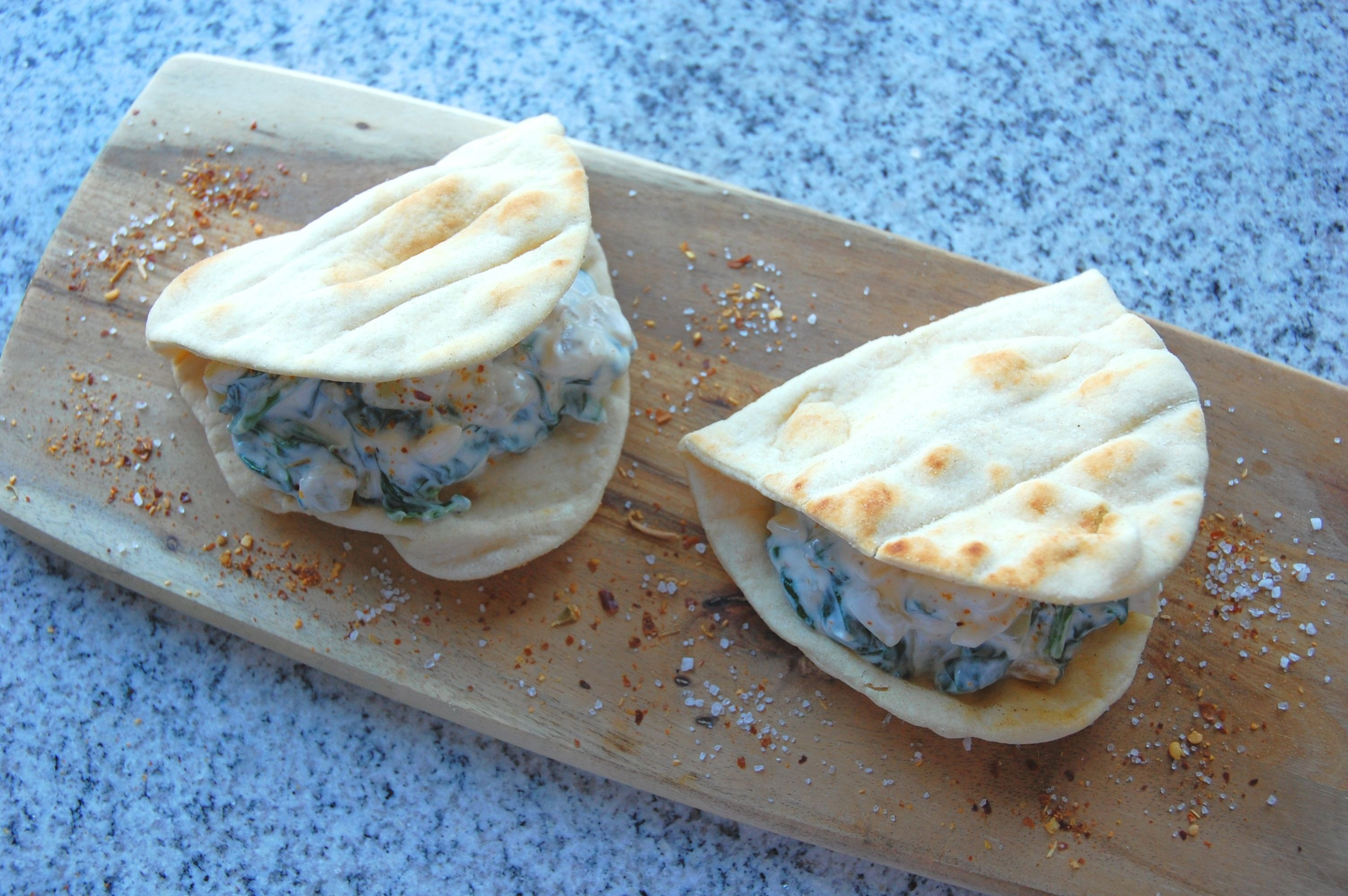 Spinach and Yoghurt Flatbreads / Sabse Borani