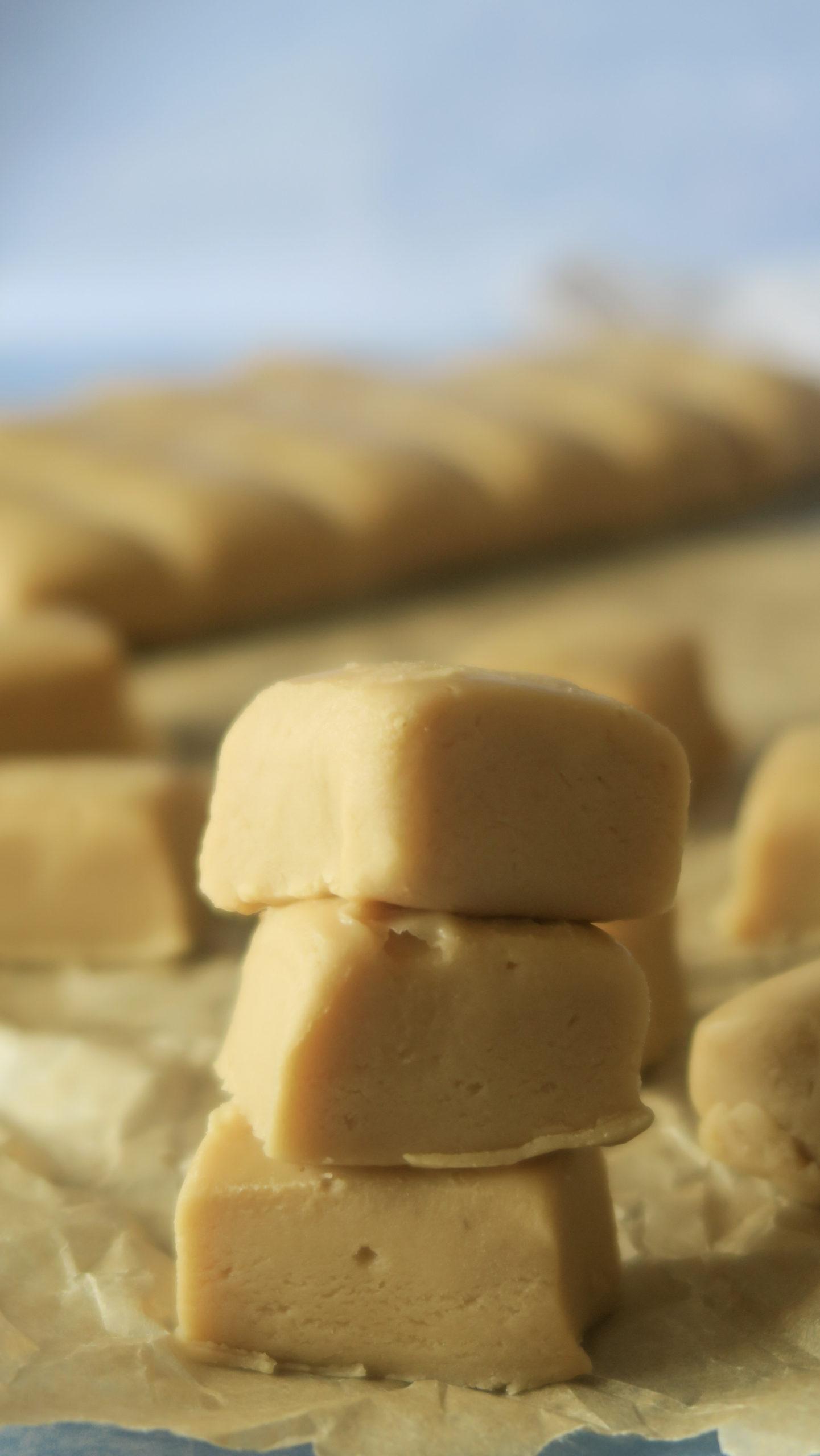 A stack of fudge