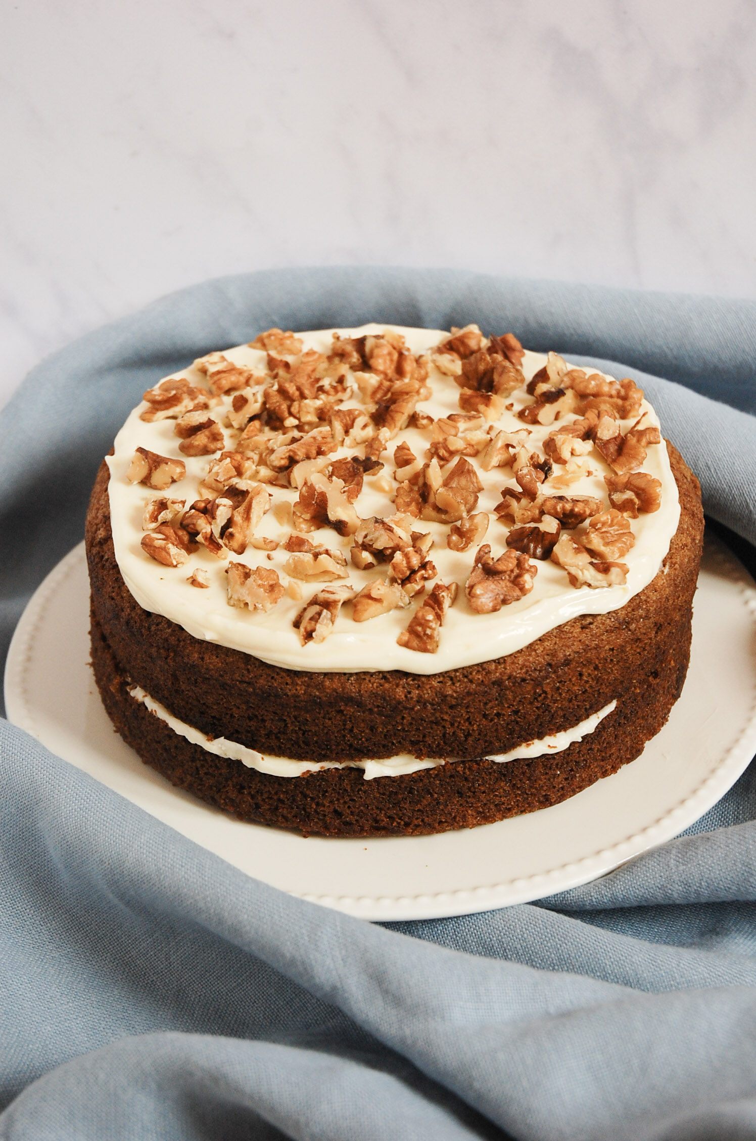 Easy Carrot and Walnut Cake